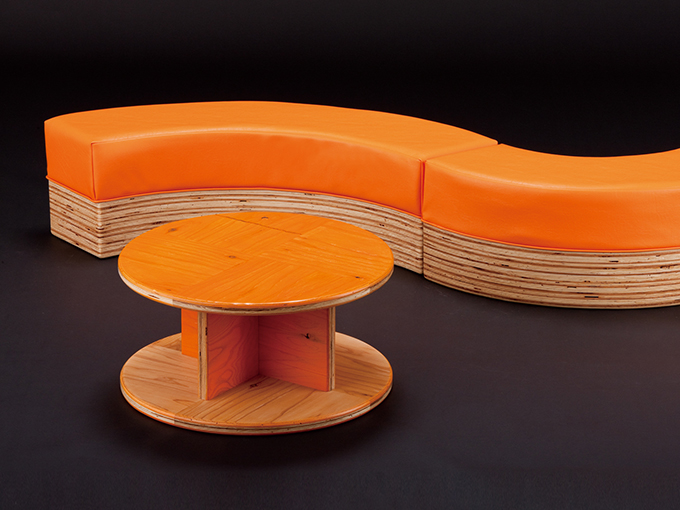 wood_circle_bench01